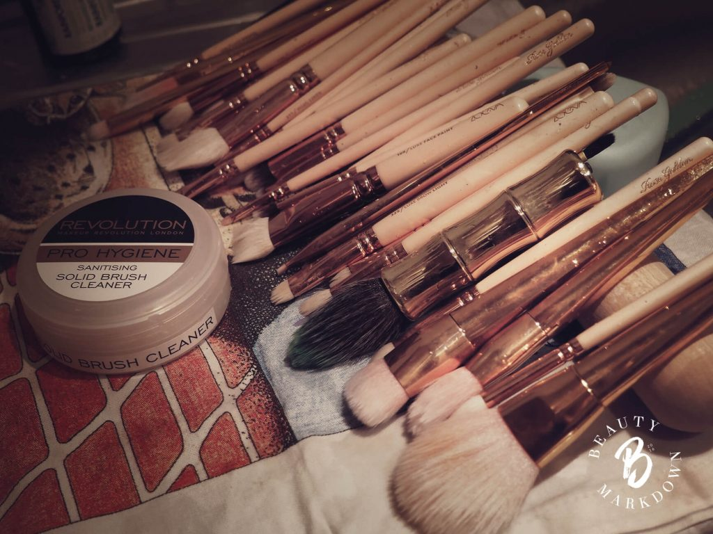 how to clean brushes cheaply