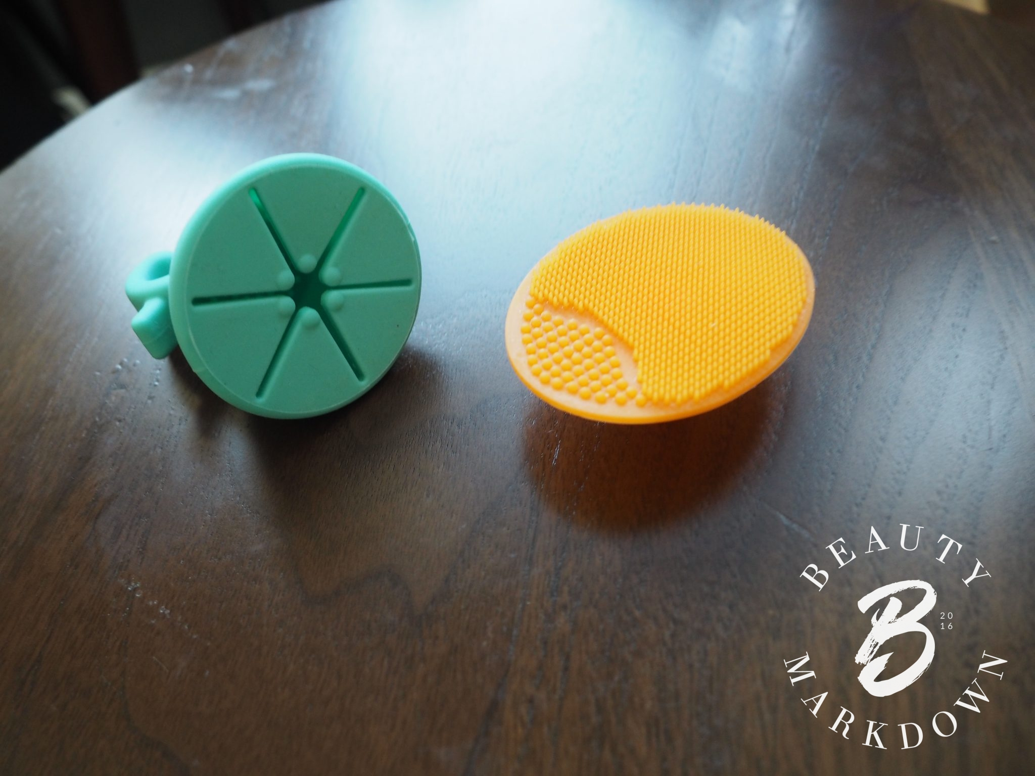 Tweexy dupe silicone face brush review